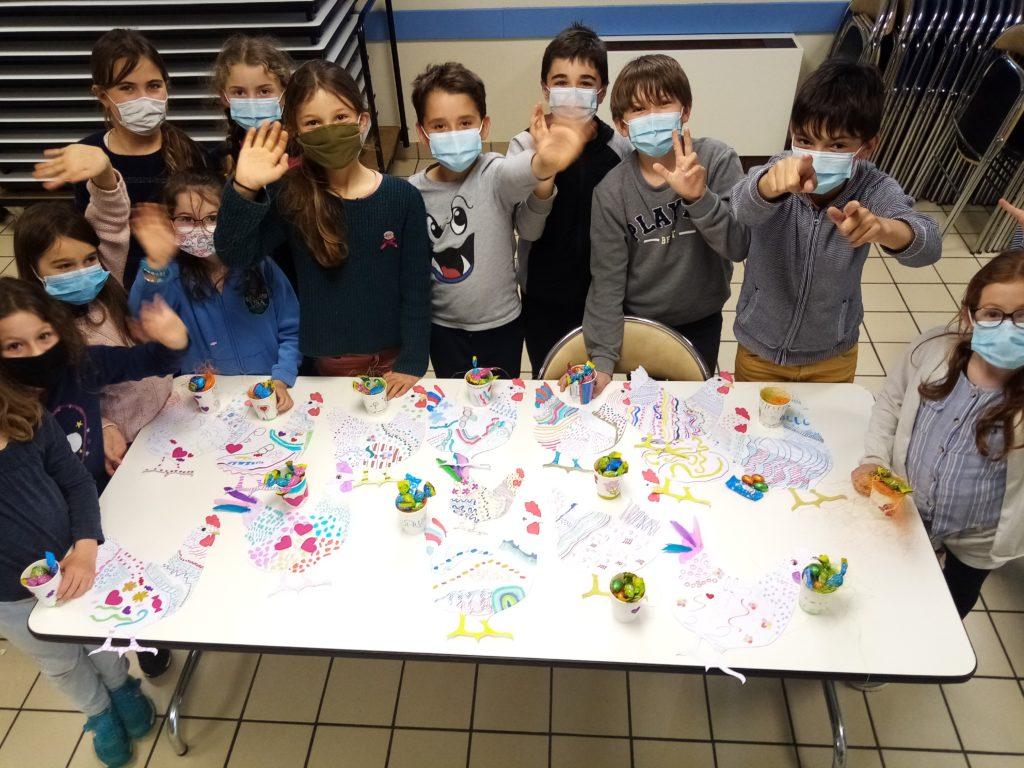 Atelier déco de Pâques pour les enfants de l'école